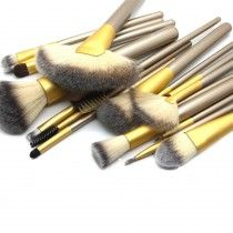 Gold Rush Full Make Up Brush Set 18 piece From Royal Care Cosmetics