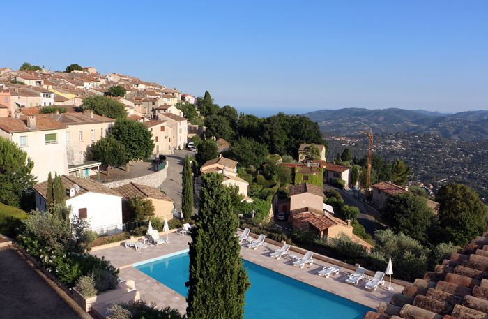 Cabris - Pool at Hotel Horizon - view over Cote d'Azur, South of France