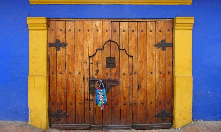 Fotoshooting by Unique Allure  for the Mochila Lookbook   Summer 2012 @ La Candelaria, Bogota - Colombia