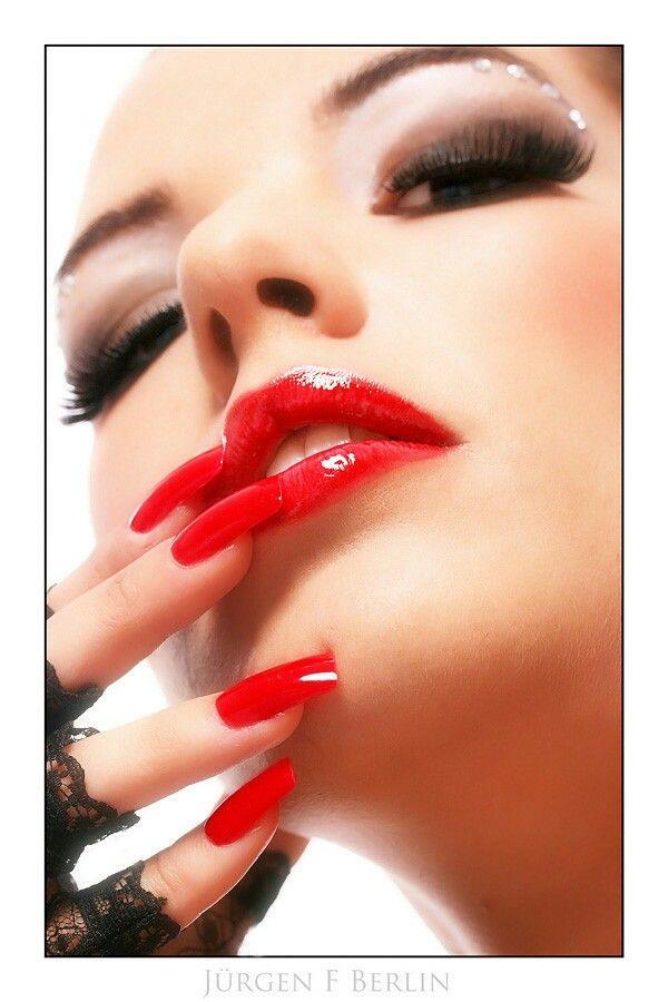 Fingernägel rote lange Nageldesign: Welche