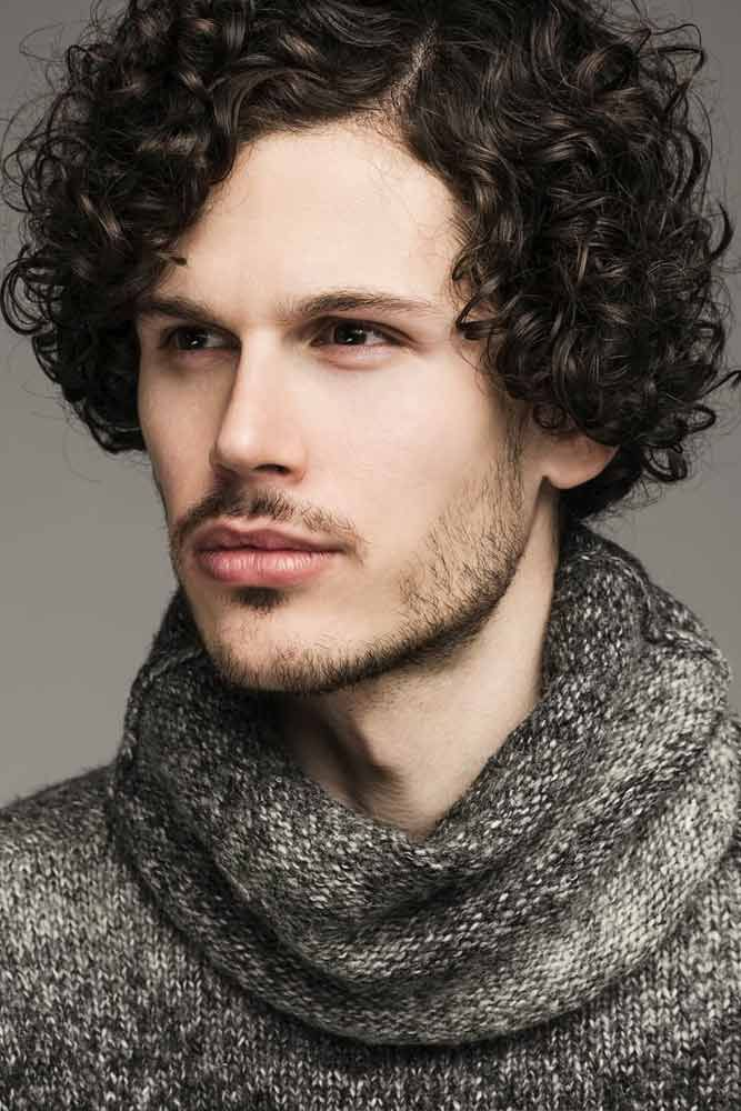 15 Striking Ways To Rock Jewfro Hairstyles For Modern Men In 2020 Curly Hair Styles Curly Hair Men Mens Hairstyles