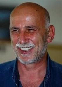 Şehirli Bir Muhafazakar / Muhkem Duruşlu Bir Aydın - http://www.turkyorum.com/sehirli-bir-muhafazakar-muhkem-duruslu-bir-aydin/