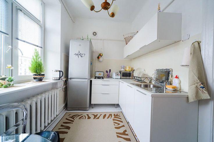 Дизайн кухни в светлых тонах. Интерьер маленькой кухни  #justhome #джастхоум #джастхоумдизайн  Just-Home.ru ❤️❤️❤️ Бесплатный каталог дизайн проектов квартир Более 900 практичных и бюджетных проектов Переходите на сайт и выбирайте лучшее!  #кухня #маленькаякухня #светлаякухня #дизайнкухни #идеидлякухни #интерьеркухни #ремонткухни #современнаякухня #кухня2017 #стильнаякухня #фотокухни #ремонт #Современныйдизайн #модныйинтерьер #design #interior #Стильминимализм #Минимализм #Интерьерминимализм