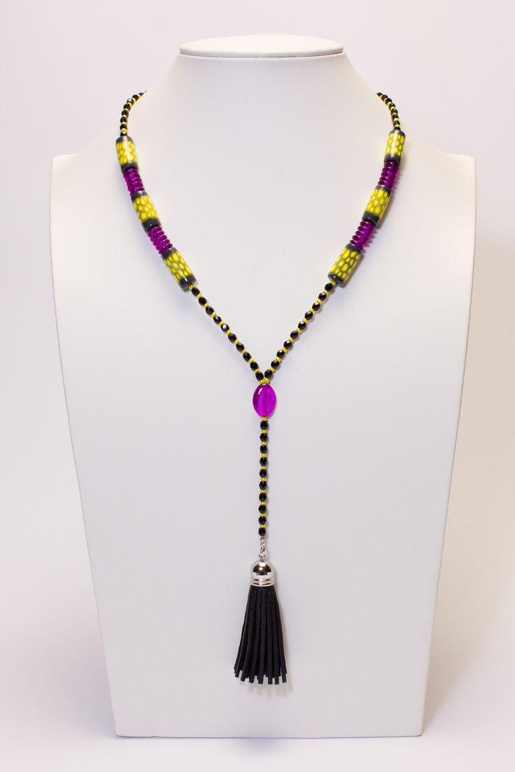Collier noir-jaune-fushia avec pompon noir #gadhorre #jewelry