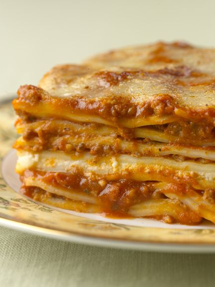 real lasagna--no ricotta, no cottage cheese!!!!