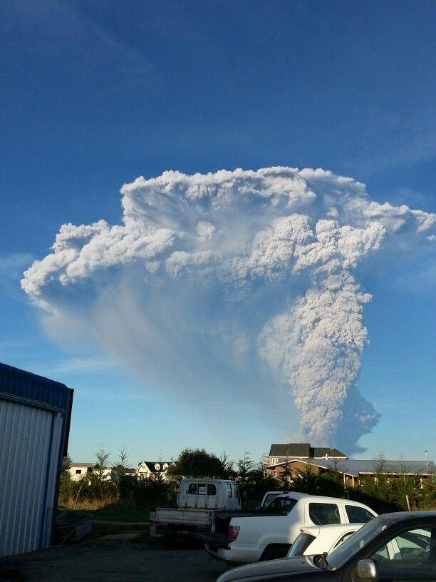 Erupción de el volcán calbuco. ..