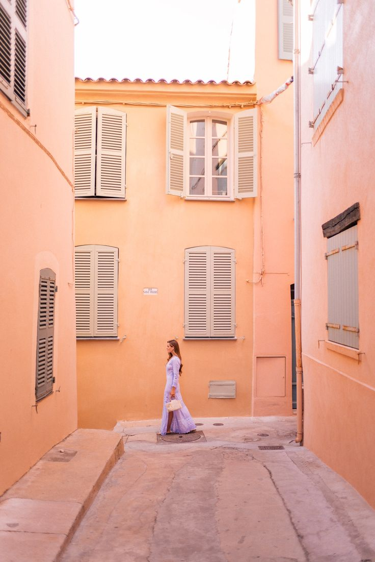 Gal Meets Glam Grimaud & St. Tropez, France Positano Couture dress, Carrie Forbes sandals & Carolina Santo Domingo bag
