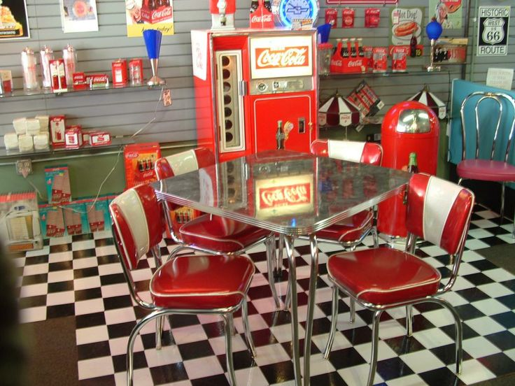 1950 39 s furniture styles 1950s classic table and chair for American classic diner