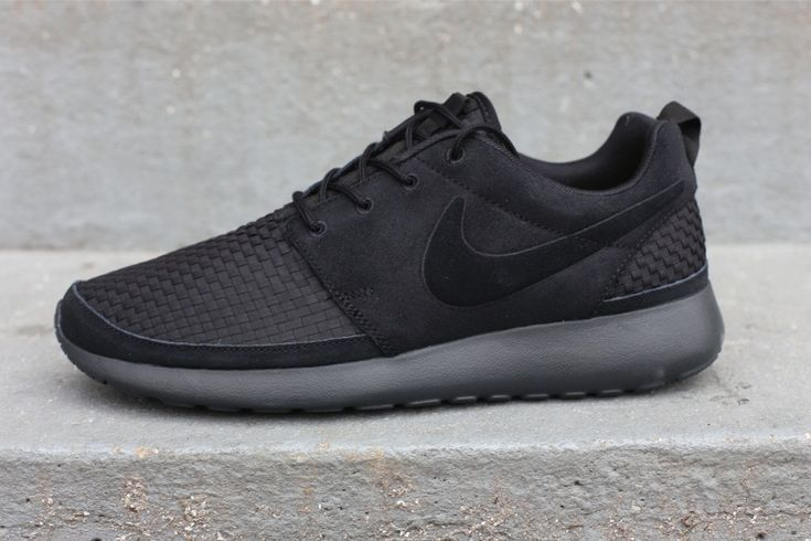 d292167396930 The Best Men s Shoes And Footwear   Nike Roshe Run Woven. -Read More –