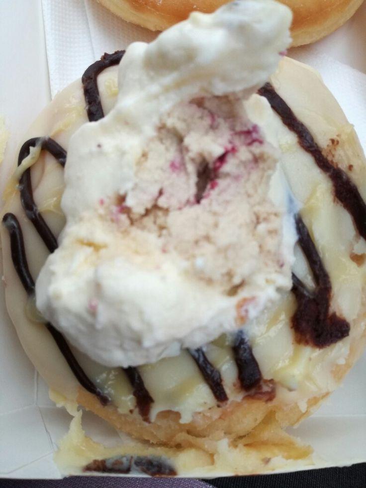We mixed duck island (best ice cream) w Epiphany donuts (best donuts) mmmmm