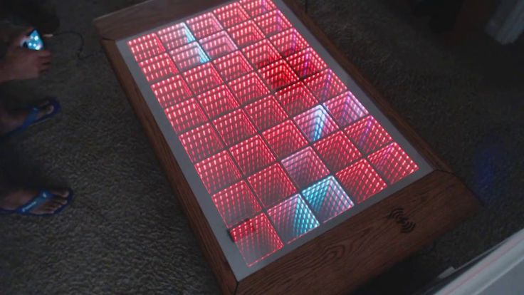 Classic Snake programmed into an Infinity Mirror Table