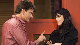 """Chatter Busy: Selma Blair Fired From """"Anger Management"""" After Charlie Sheen Feud"""