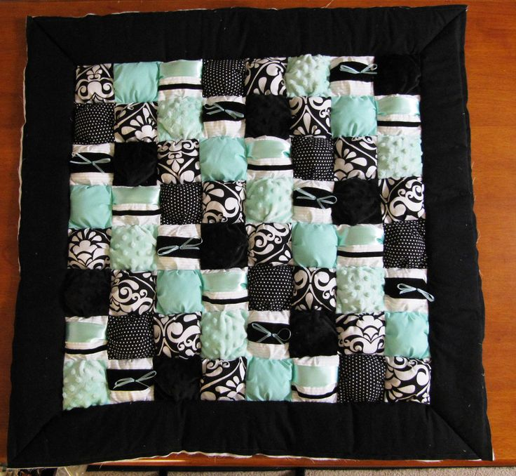 HoneyBear Lane: PUFF QUILT Tutorial: Part 3; Borders