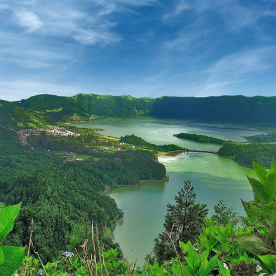 THE WORLD GEOGRAPHY: Top 10 Unusual Island Territories   THE AZORES