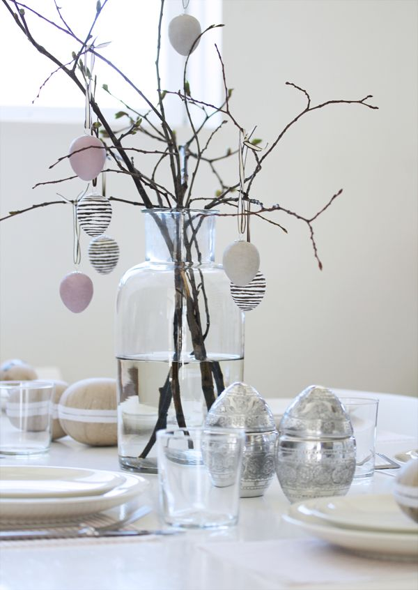 Beautiful easter table. But is good for spring as well?