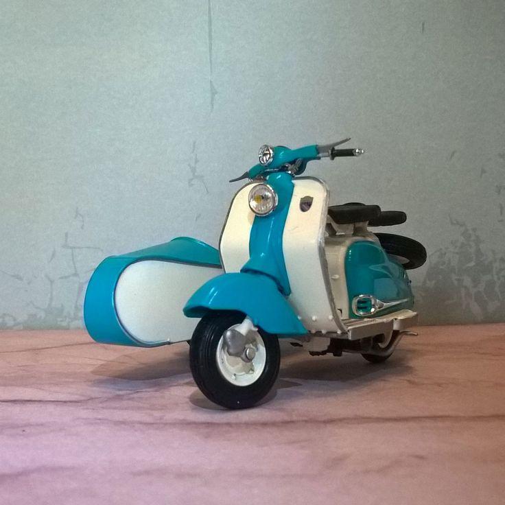 Inspirational Starten wir die neue Woche mit einem weiteren Modell aus meiner Lambretta Sammlung Dieses