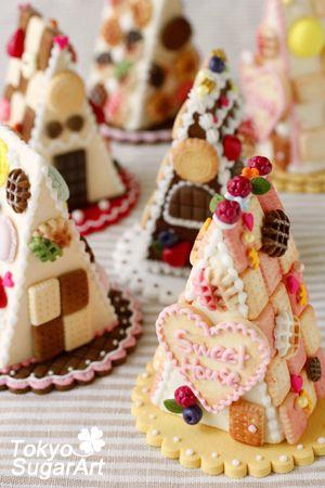 Sugar craft. Good idea for Xmas gingerbread house