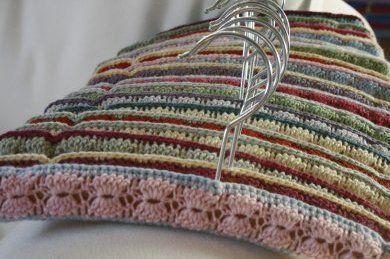 crocheted hanger tutorial ..goodie (wayback machine)