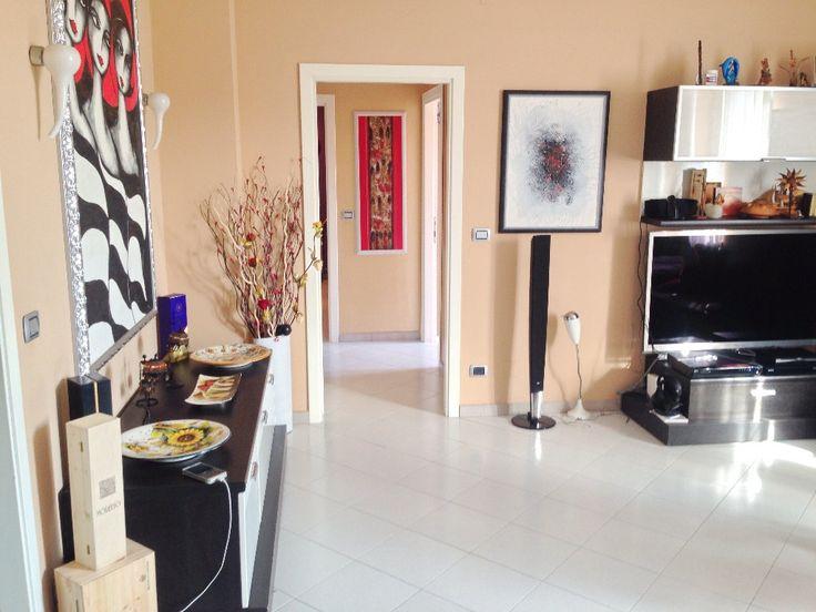 Appartamento Quadrilocale in Vendita Livorno VENEZIA  - 2° ED ULTIMO PIANO - ASCENSORE - IINGRESSO - AMPIO SALONE - 2 CAMERE MATRIMONIALI - GRANDE CUCINA CON VERANDA - DOPPI SERVIZI - RIPOSTIGLIO - CANTINA - CE G, IPE 175 Kwh/m² anno