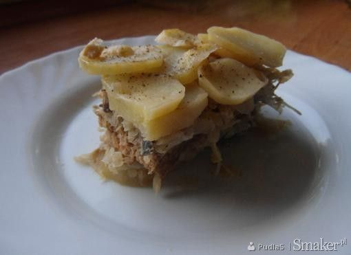 Zapiekanka ziemniaczana z kapustą kiszoną i mięsem mielonym
