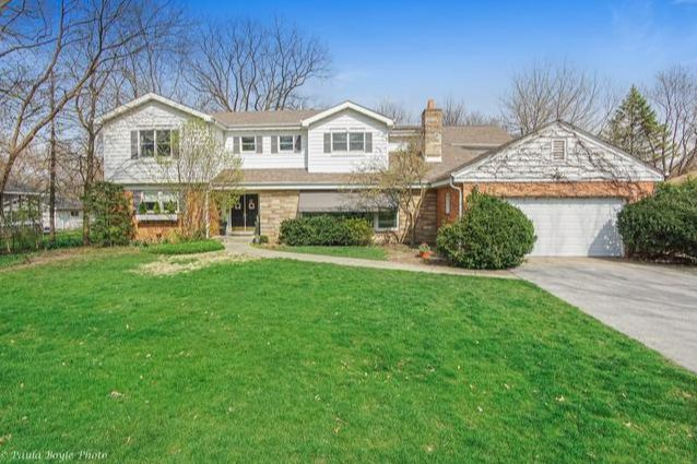 #ForSale - 719 Bruce Ave, Flossmoor. 5 bed - 4.5 bath - 4323 sf. See more at: www.thewexlergroup.com.  #Listing #RealEstate #Realtor #Chicago #Flossmoor