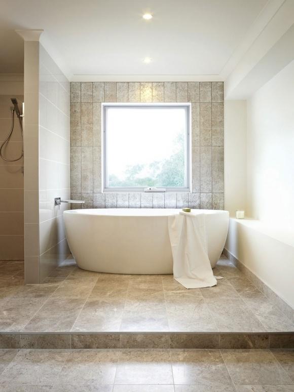 Bath/Windows. Nice.
