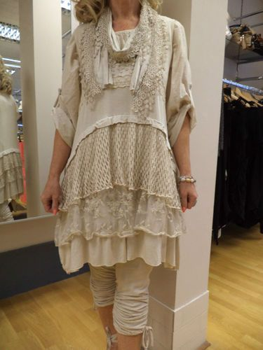 NEW SEASON DIVERSE 3 PIECE ITALIAN STUNNING LAGENLOOK LACEY TUNIC/DRESS CREAM