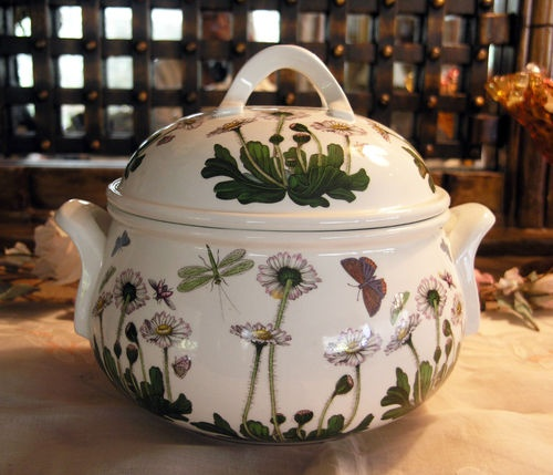 portmeirion botanic garden 2 5 qt covered casserole new mint