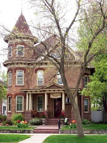 These top Midwest bed-and-breakfasts all offer excellent service, location, amenities and dining.