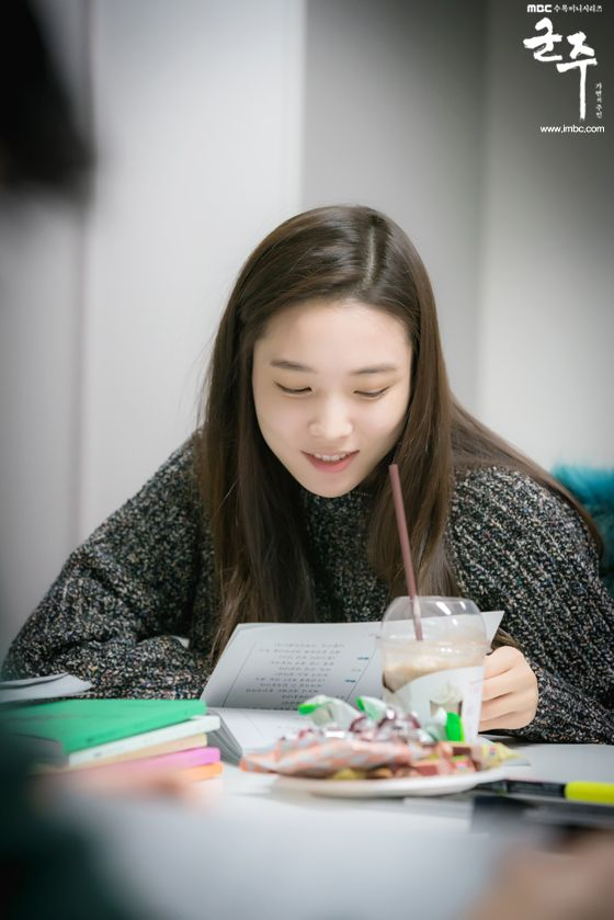 [Monarch] Script reading - Yoon Sohee as Kim Hwagun