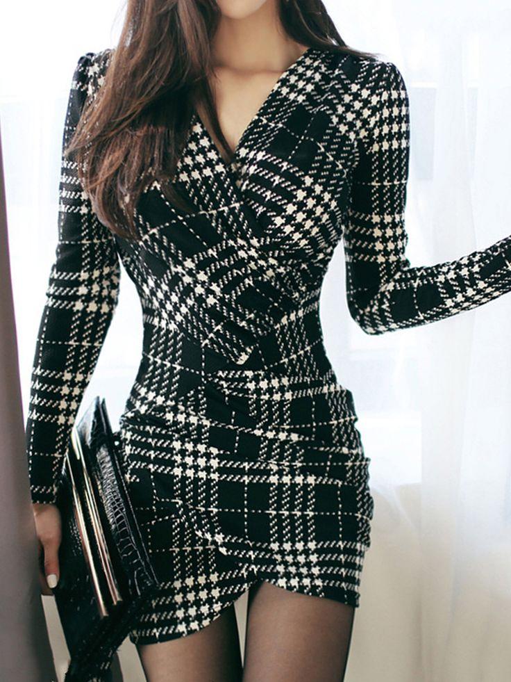V-Neck Plaid Mini Bodycon Dress 3