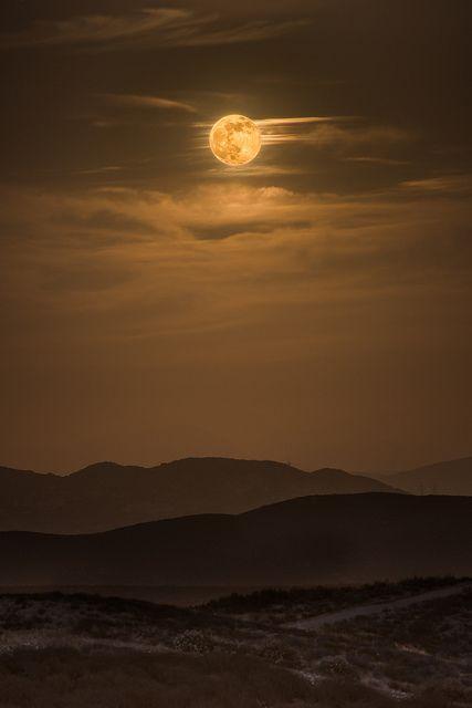 Supermoon Rising, Iron Mountain, California, by Chris Galando Photo, on 500px. #nomad #nomadchic http://www.nomad-chic.com