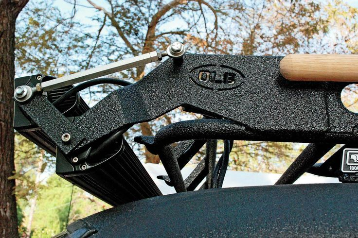 Smittybilt Defender Roof Rack And Off-road LED Bars Install - 8-Lug Work Truck Review