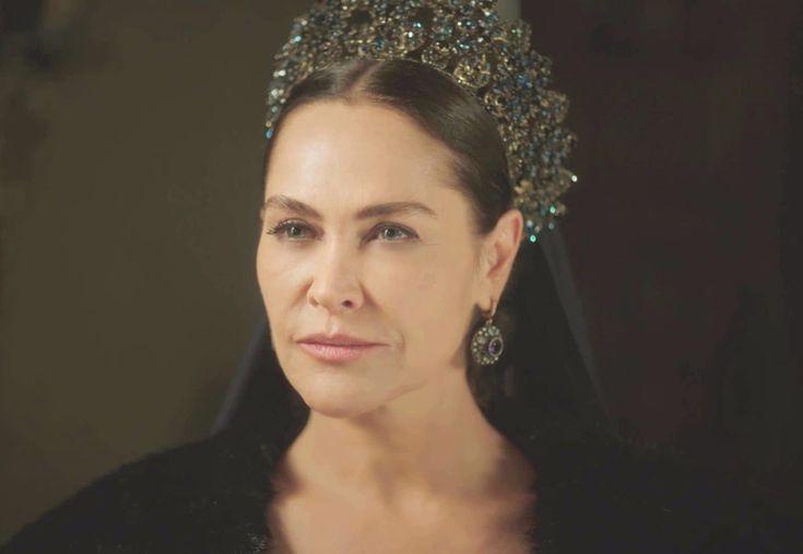Safiye Sultan (Hülya Avşar)