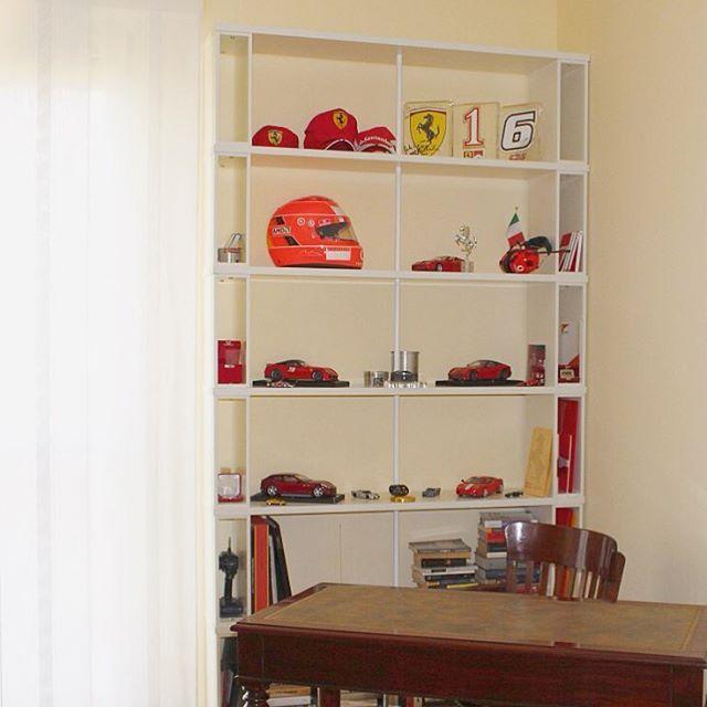 Another SKAFFA #bookshelf composition from #Milan sent by a customer fan of the #Ferrari cars . Un'altra composizione SKAFFA spedita a #Milano : un cliente fan della Ferrari un vero #ferrarifanatics #modelcar #modelcars.see more http://www.piarotto.com/en/galleria/  #libreria #bookcase #shelving #interiordesign #etagere #estante #bücherregal #homeoffice #madeinitaly #interiores #interiordesign #furnituredesign #etsy #decoracion #decor #interiör #livingroom