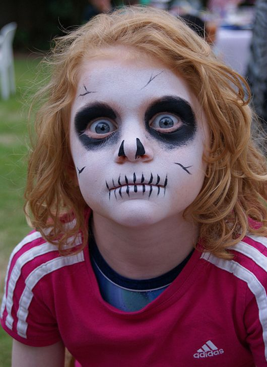50 pretty and scary halloween makeup ideas for kids makeup ideas for kids 50 inspiration halloween makeup ideas for kids ranging from cute to scary to - Easy Scary Halloween Face Painting Ideas
