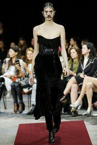 Givenchy Fall 2015 RTW - Vogue