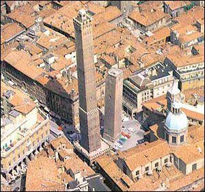 Torre degli Asinelli, Bologna.