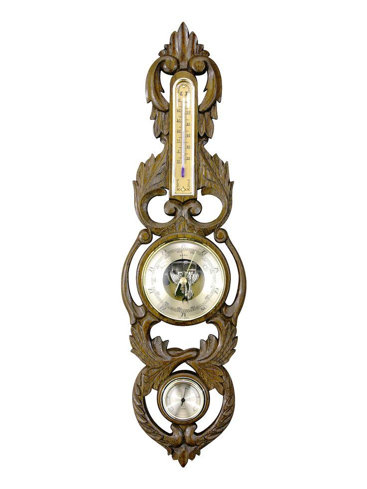 Jeden z najpiękniejszych barometrów mechanicznych na rynku. Ręcznie rzeźbiony. Najlepiej prezentuje się w dębie antycznym.