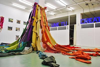 Exposición Textilkontak +instalación colectiva. Made by Ina Olavarria