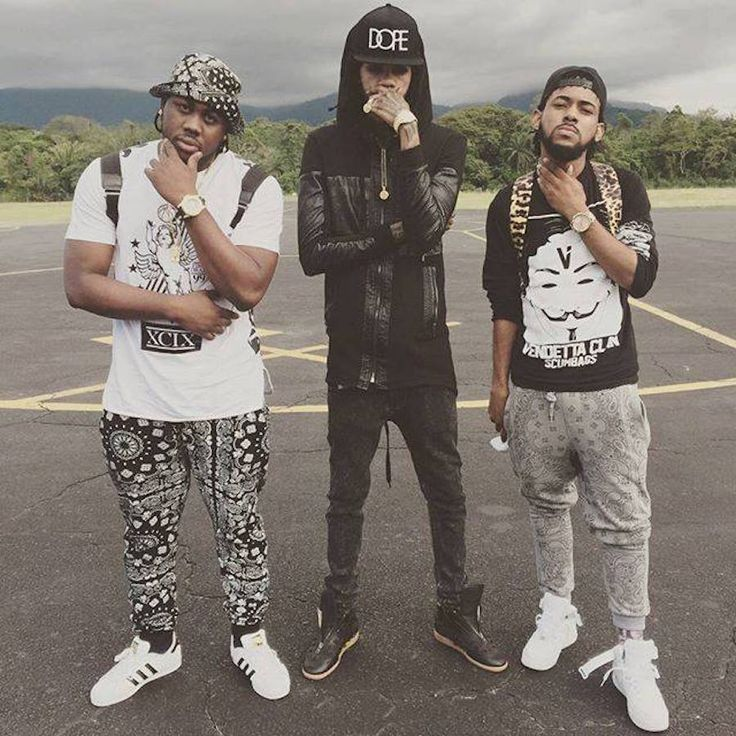 the ultimate champion bwoy alkaline in the middle, vendetta clan, taking dancehall to new heights