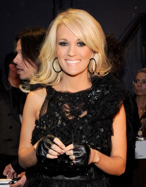 Carrie Underwood she is goregous <3