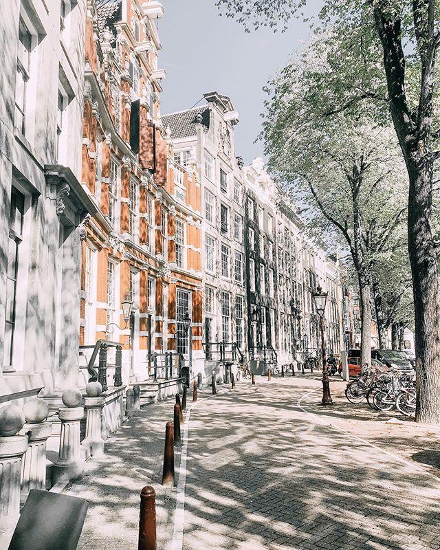 Amsterdam Paros
