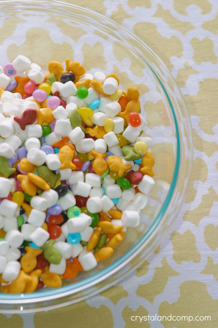 Easter Snack Mix {crystal & co}