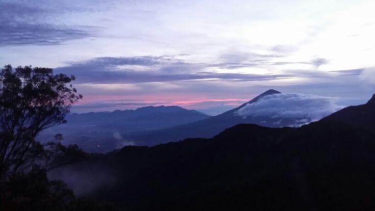 Sunrise@Papandayan Mt