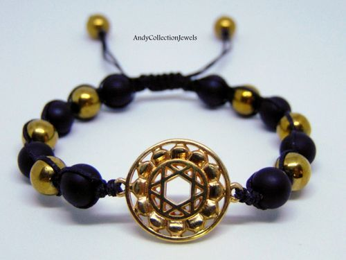 Women Shambala Wristband with Black Matte Agate, gold Hematite and Gold Plated Pentagrama