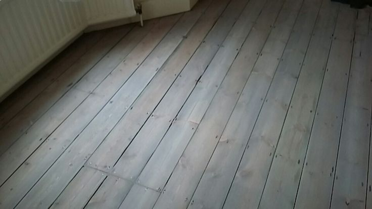 Gray stained Victorian pine with a clear Matt varnish.