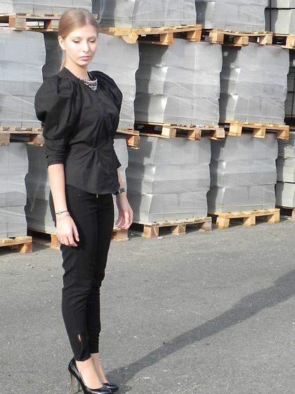 Zara Black Shirt, Zara Pumpsaaibucketlist.wordpress.com/2012/10/08/back-to-black/