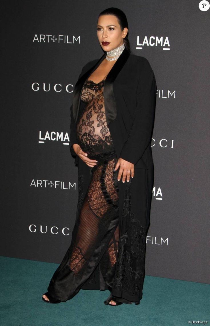 "Kim Kardashian enceinte - Gala ""The LACMA 2015 Art+Film"" en l'honneur de James Turrell et Alejandro Inarritu à Los Angeles, le 7 novembre 2015."
