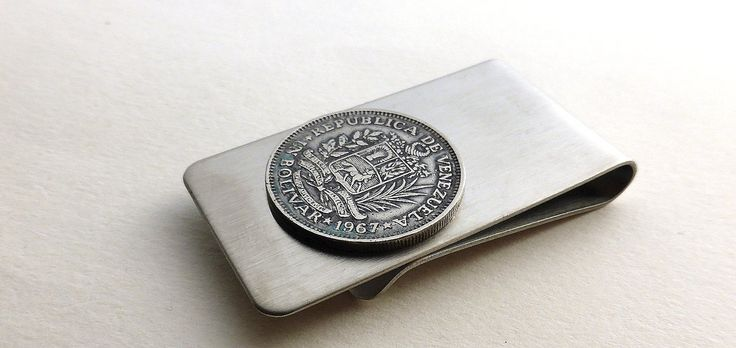 Money clip, Venezuelan, Coin money clip, Men's accessory, Men's gifts, Coin, Men's wallet, Money, Repurposed coin, Upcycled coin, 1967, Clip by CoinStories on Etsy